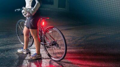 Cómo instalar las luces delanteras y traseras en tu bicicleta
