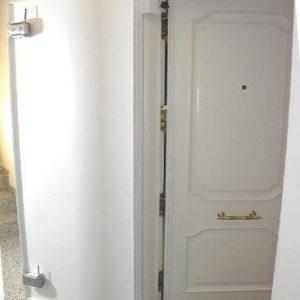 Puerta de seguridad antiokupas DoorClosed